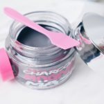 BIOVÈNE - CHARCOAL MAGNET MASK review beautyholic.nl video beauty blog