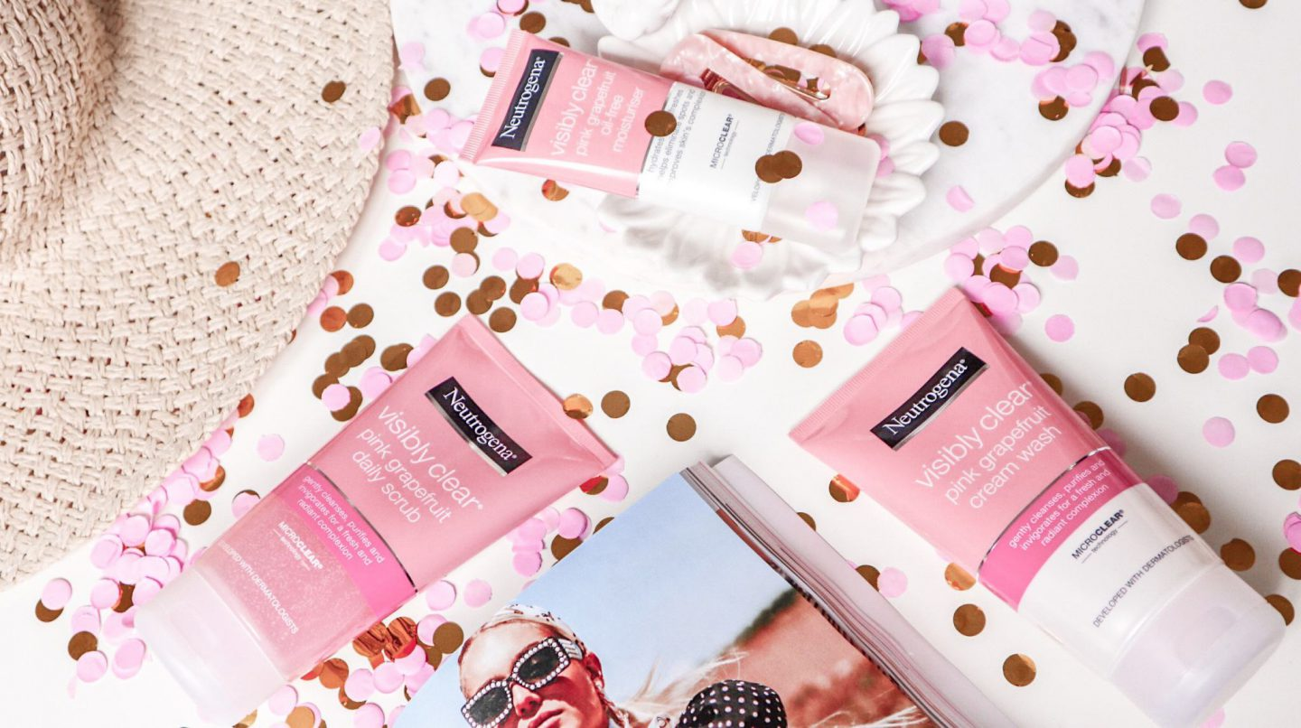 Neutrogena-visibly-clear-pink-grapefruit-skincare-oil-free-moisturiser-cream-wash-daily-scrub-beauty-blog-review-beautyholic-1